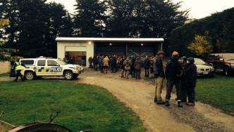 Search base for missing hunter in Canterbury