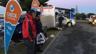 Police, Coastguard, and other agencies speaking with Western Bay of Plenty boaties