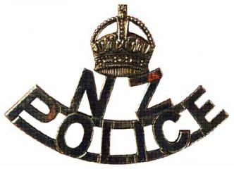 5th Pattern NZ Police Cap Badge Variant