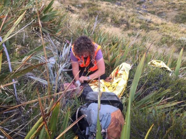 Injured tramper rescued, Golden Bay